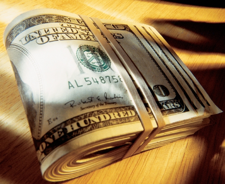 Когда меняется курс доллара